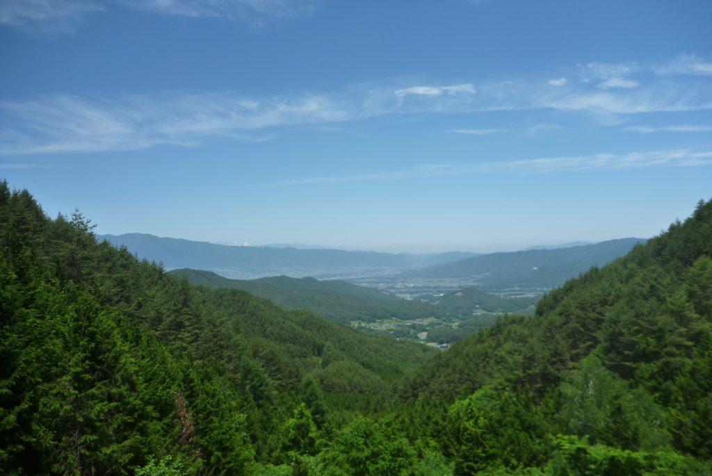 新山峠 - 大岩前広場からの展望