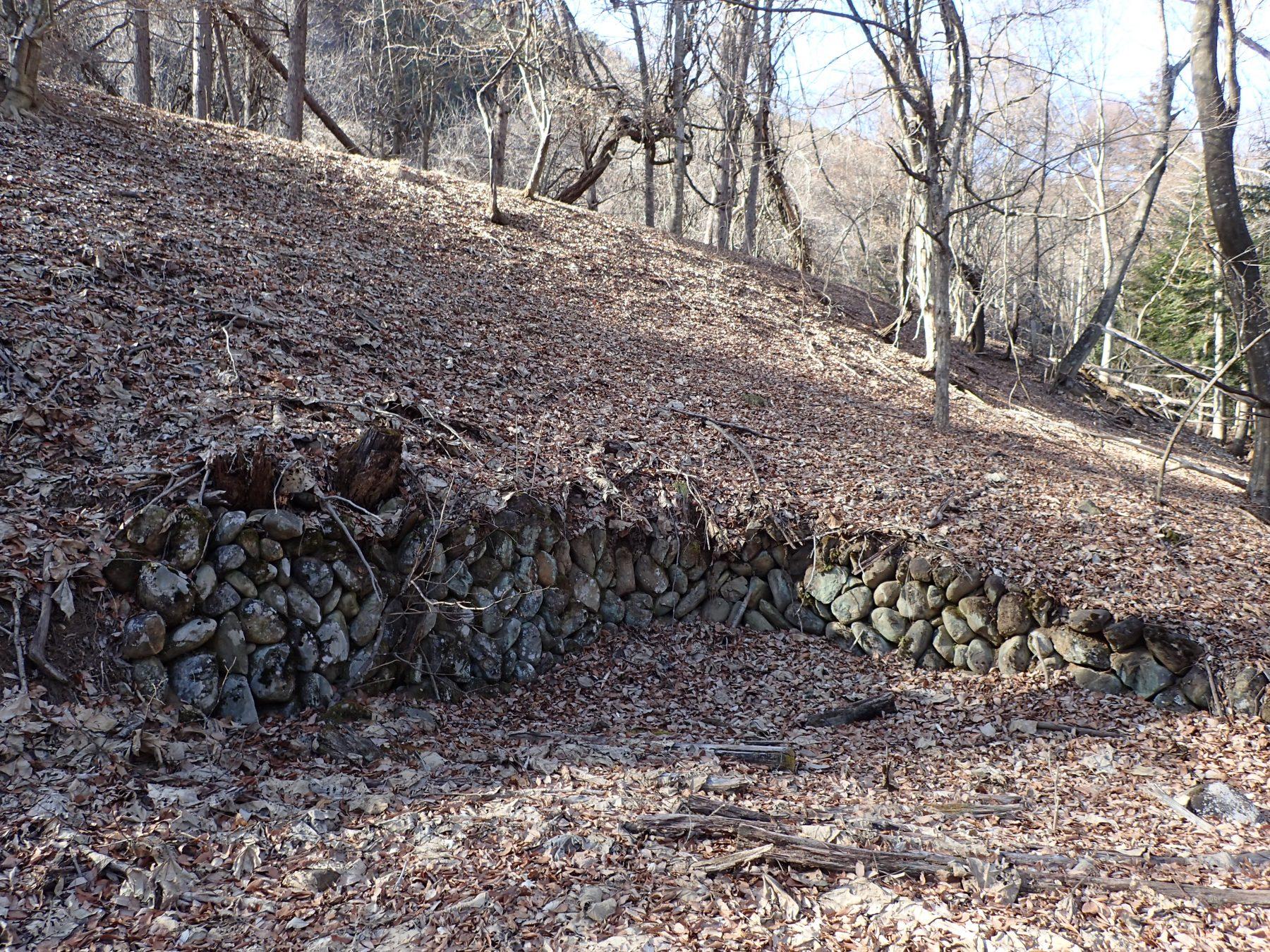 こわくびの石垣