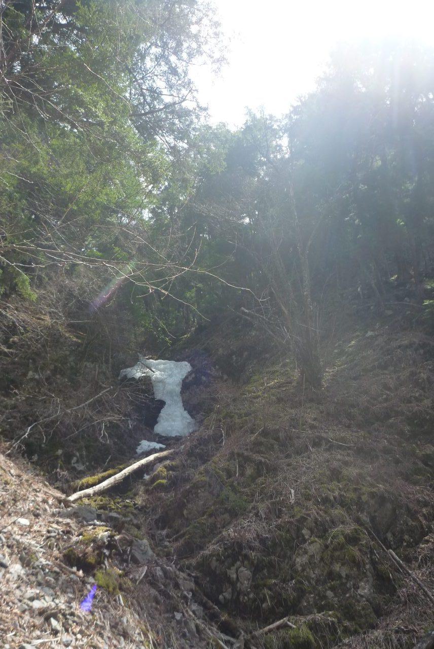 岳沢越し - 正ルート手前の尾根を登る - その5