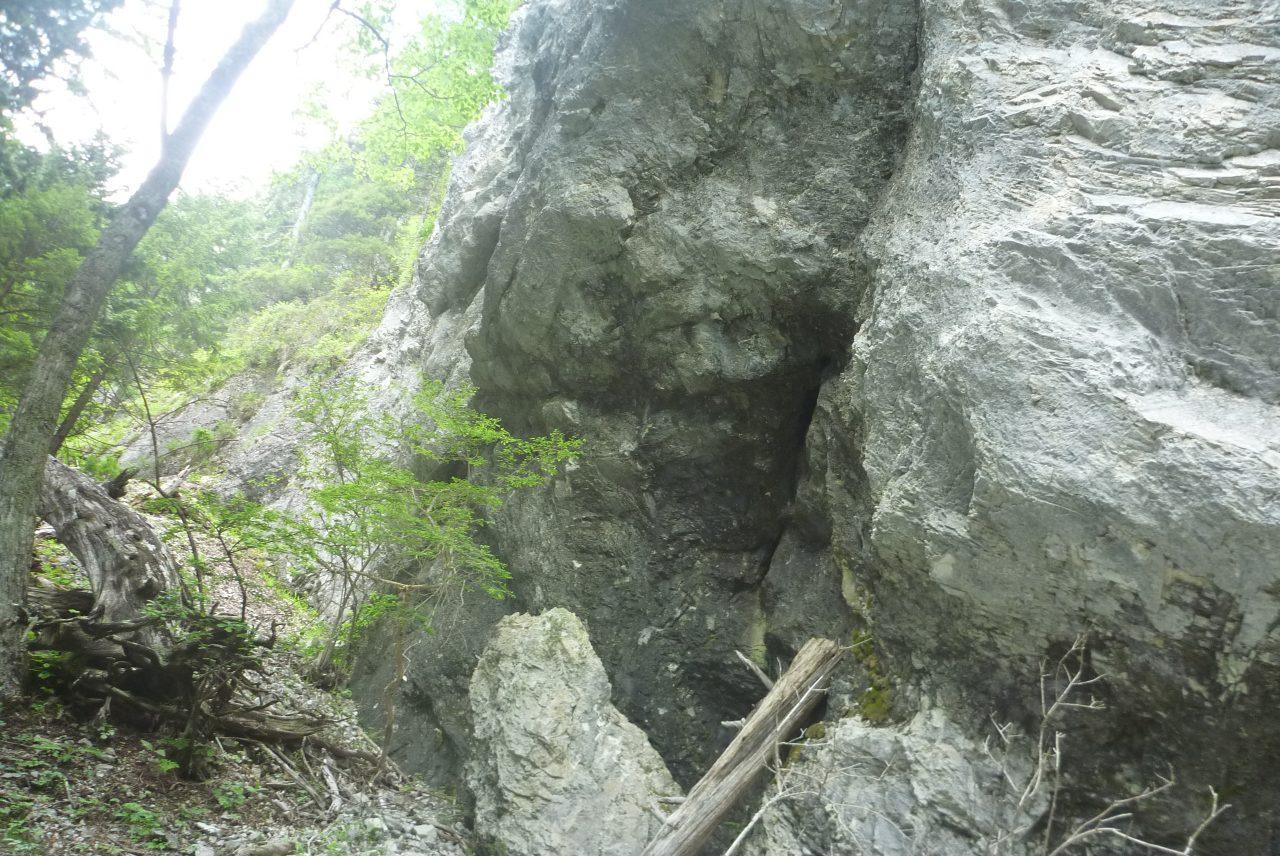 カンバ山の鍾乳洞6